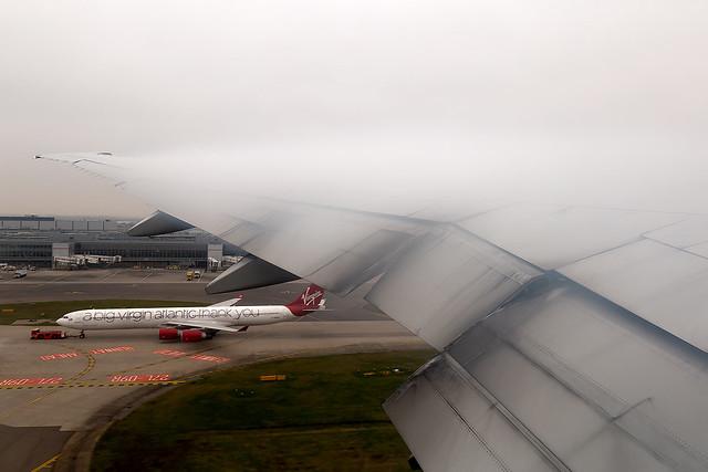 G-STBE British Airways B777-300 Departing London Heathrow