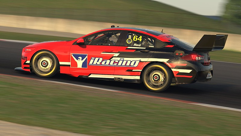 iRacing Holden ZB Commodore 3