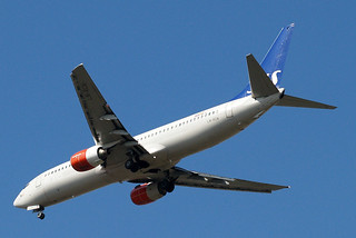 LN-RCN   Boeing 737-883 [28318] (SAS Scandinavian Airlines) Home~G 07/04/2015 | by raybarber2