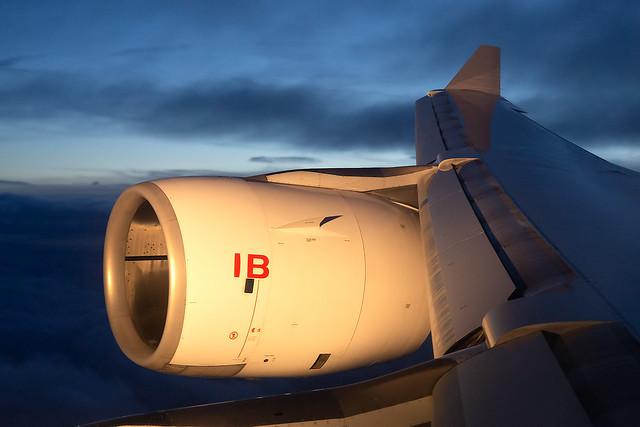 EC-IZY Iberia A340-600 Arriving into London Heathrow