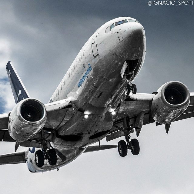 Boeing 737 700 SkyTeam edit