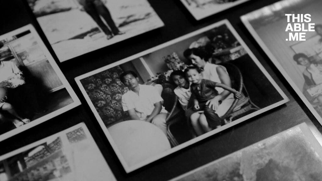 ภาพเก่าครอบครัวของครูเครื่อง