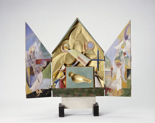 Pioneers: William Morris and the Bauhaus