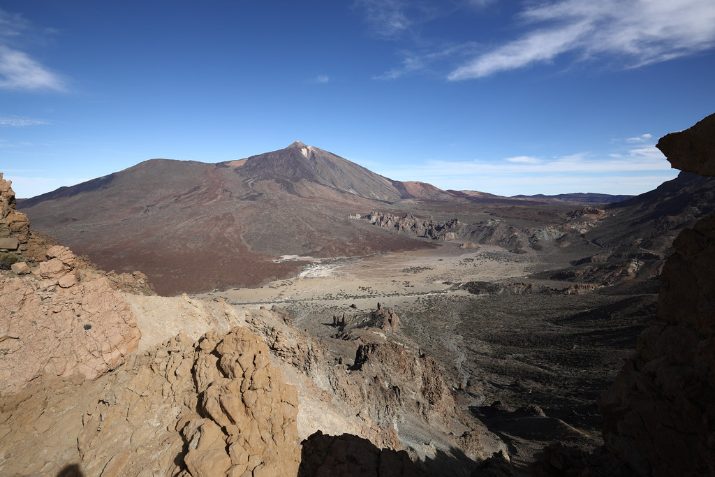 View to Pico del Teide (3718) from point 2436 meters of El Teide track. Tenerife. Spain. AA8A5632.JPG