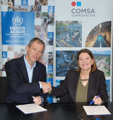 COMSA Corporación and the Spanish Committee for UNHCR sign a collaboration agreement to cover the basic needs of refugees