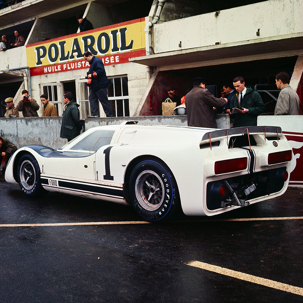 ford_gt40_j_experimental_car_3