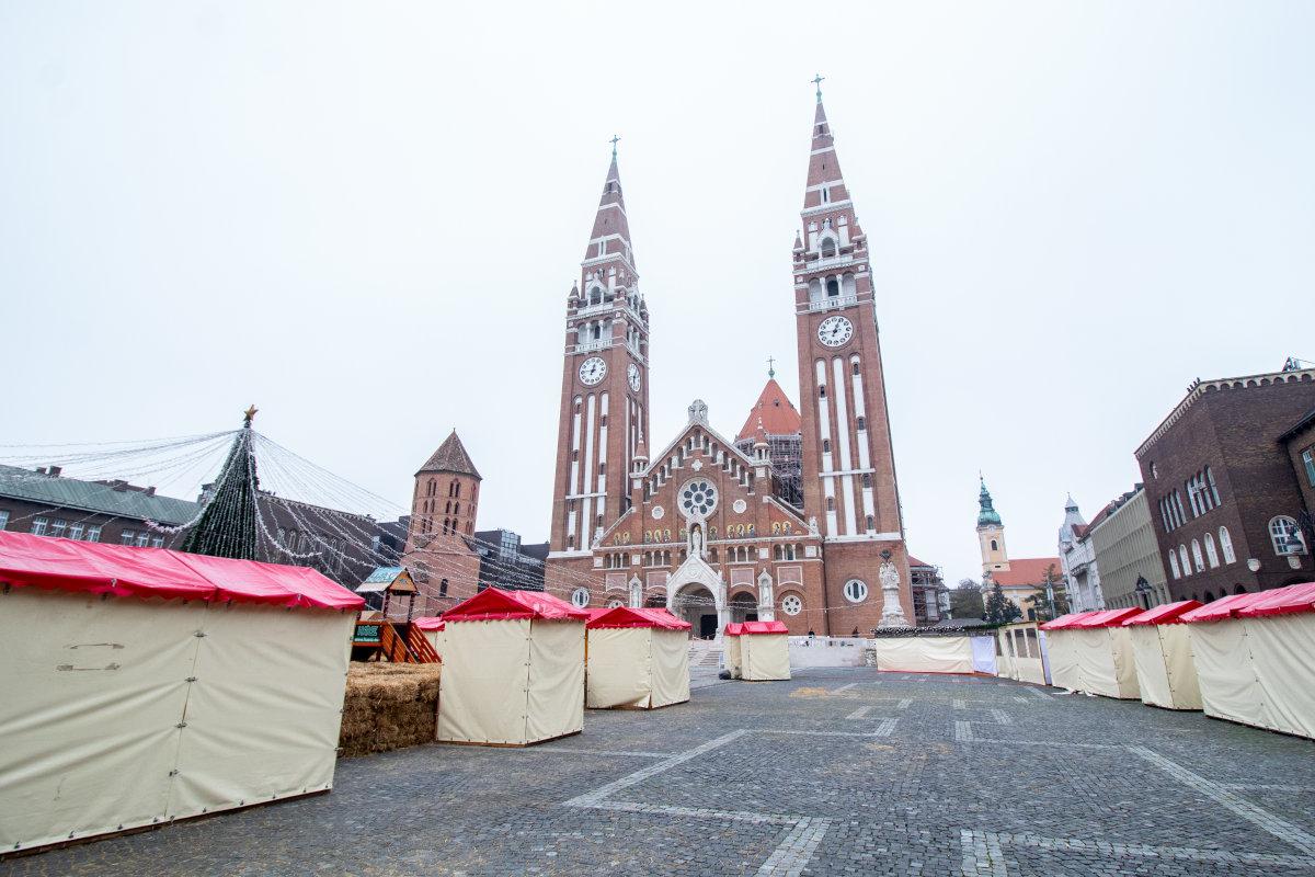 Óriáskerék, korcsolyapálya, vásári forgatag: pénteken rajtol a Szegedi Karácsonyi Hetek