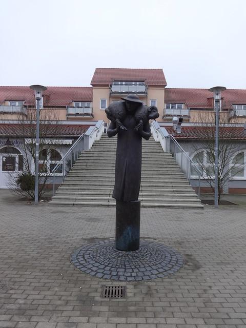 2005/06 Neuenhagen Schäfer von Michael Klein Bronze Schäferplatz in 15366 Bollensdorf