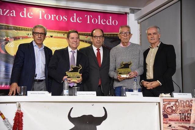 Homenaje que la peña taurina 'El Trapío' rinde al periodista José Ponos