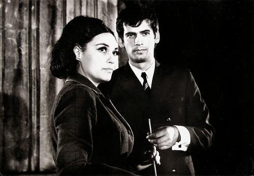 Stefan Danailov and Stefka Berova in Na vseki kilometar (1969)