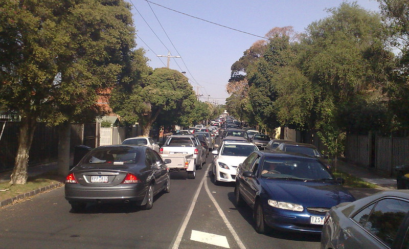 Traffic jam due to Ormond level crossing problems, 19 November 2009