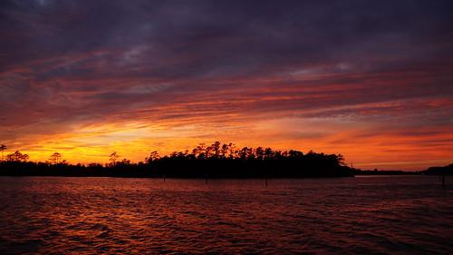 sony sonya58 sonyphotographing sunset spectacularsunsetsandsunrises cloudsstormssunsetssunrises cravencounty cloudscape clouds northcarolina northwestcreek