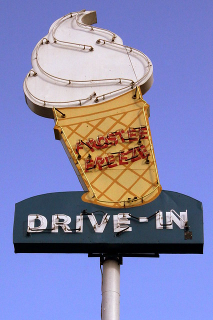Frostee Freeze Drive-In neon sign - Tazewell, TN