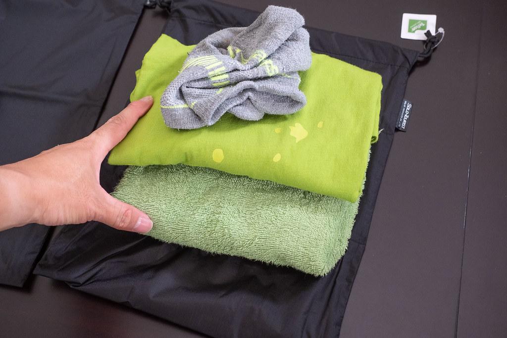 Waterproofing_pouch-7