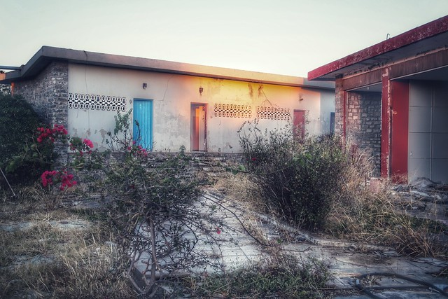 Le motel abandonné   #motel #urbex #crete #abandoned #hotel #grece #batiment 