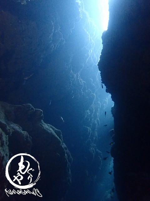 やんわり光が差し込む洞窟へ☆