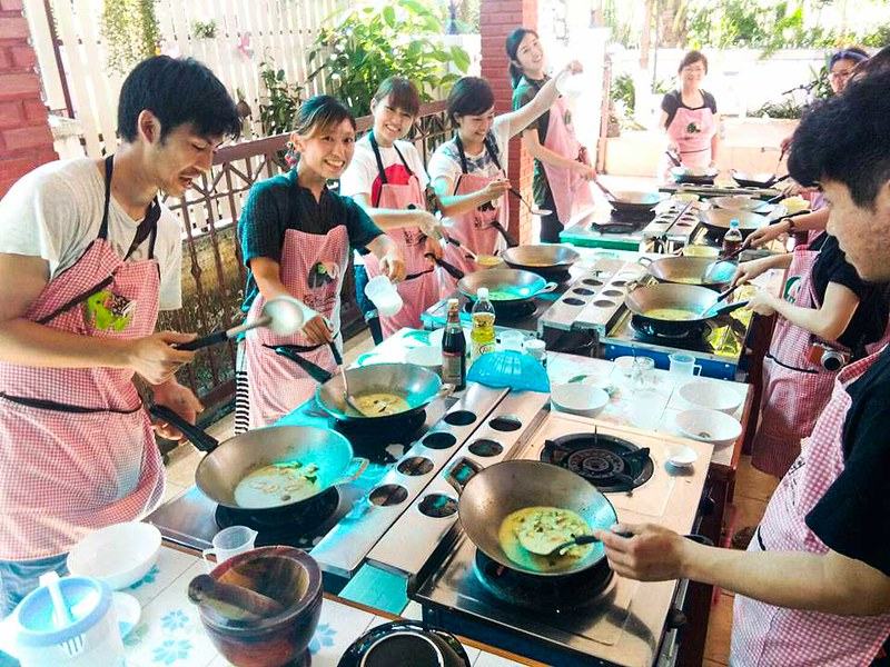 Smart Cook Thai Cookery School (Chiang Mai, Thailand) – Brochures, Info, Price & Reviews
