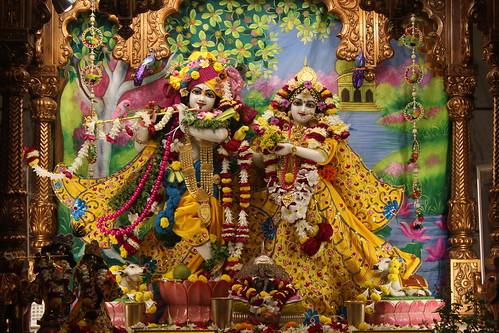 ISKCON Vallabh Vidyanagar Deity Darshan 28 Nov 2019