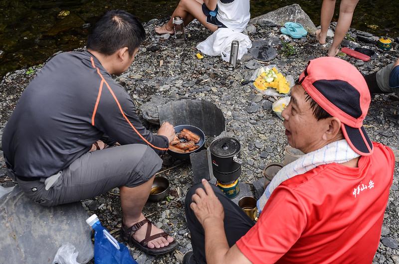 情人湖瀑布烤肉撈魚樂 (2)