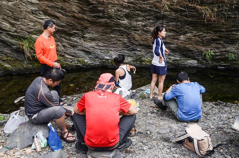 情人湖瀑布烤肉撈魚樂 (1)