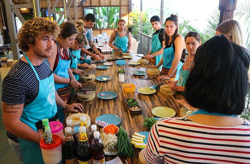 Mama Noi Thai Cookery School (Chiang Mai, Thailand) – Brochures, Info, Price & Reviews