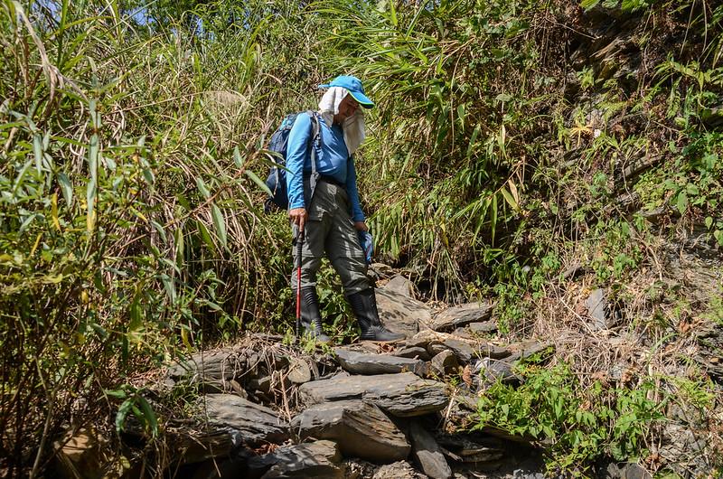 天鵝湖瀑布產道乾溪溝岔路