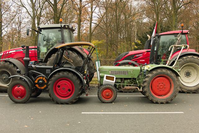 Berlin 26.11.2019 Oldtimer Traktoren