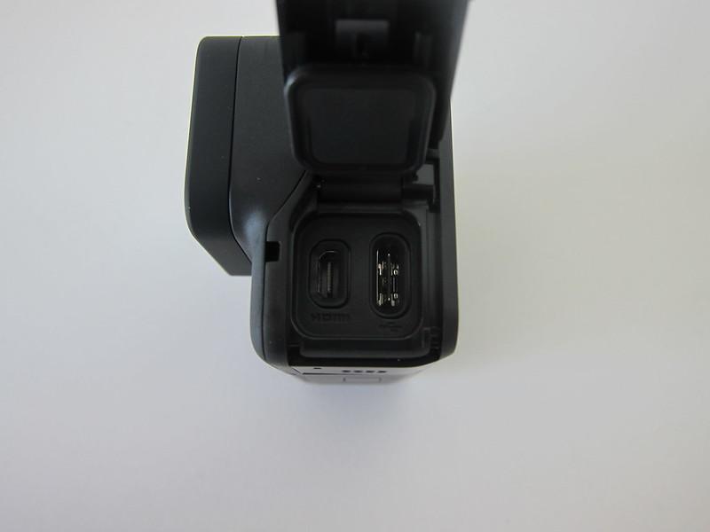 GoPro HERO7 Black - Left Open