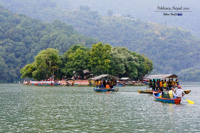 2014 Nepal Pokhara Phewa Lake 1