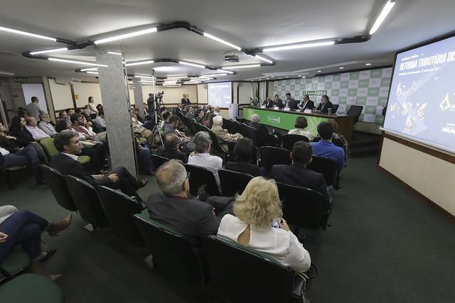 Em audiência pública, Fibra apresenta propostas para reforma tributária distrital