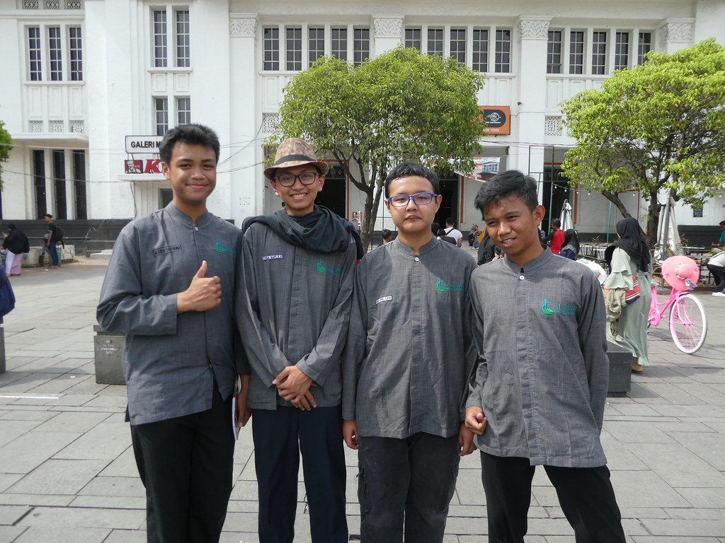 The group of school boys who interviewed us as part of their English project in Jakarta