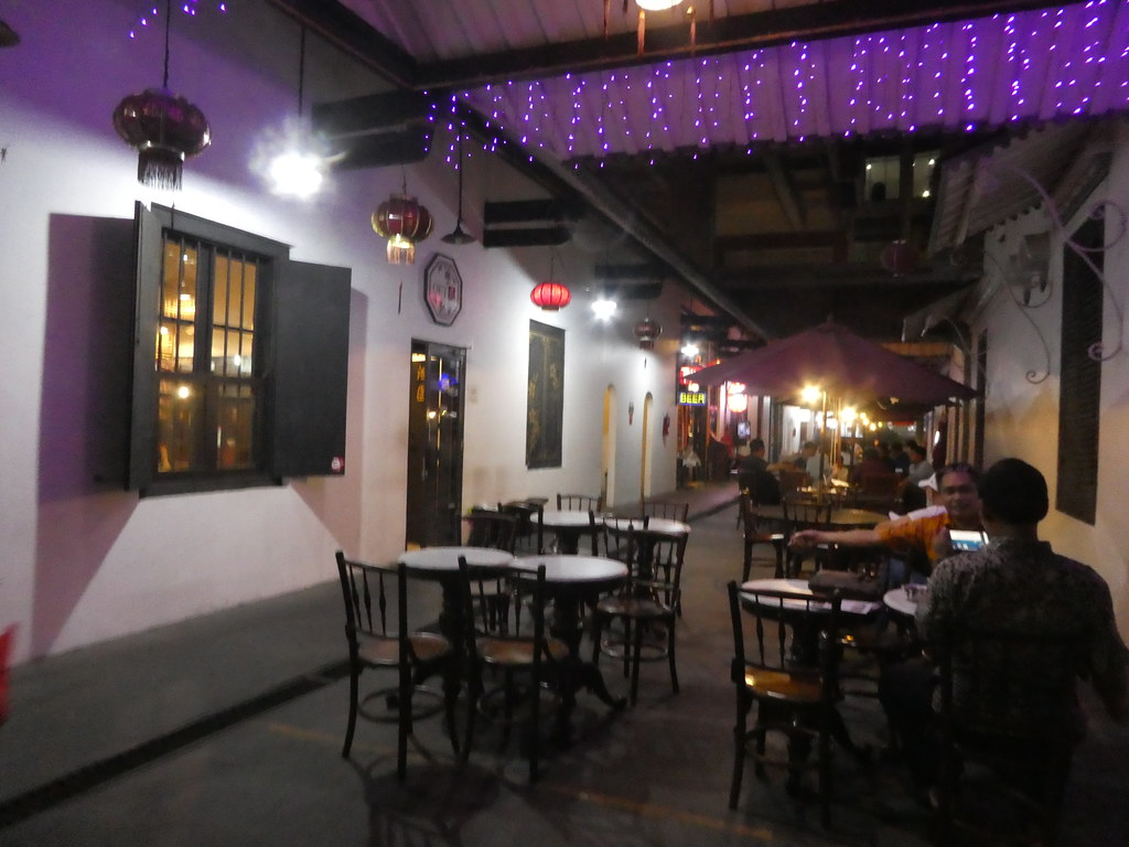 Restaurant behind Candra Naya Jakarta