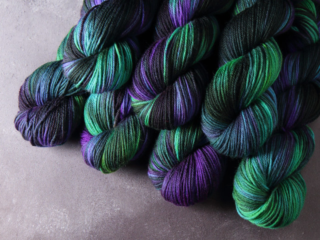 Dynamite DK hand-dyed superwash British pure wool yarn 100g – 'Outer Planets' (black, purple, green)