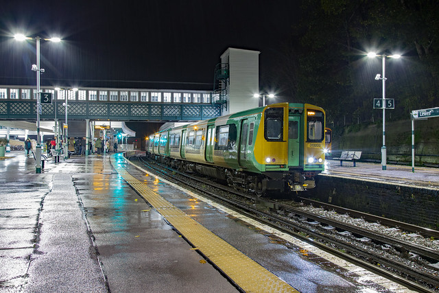 Southern 313 203 Lewes