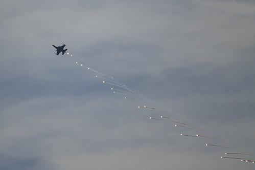 The Viper Dispensing Flares