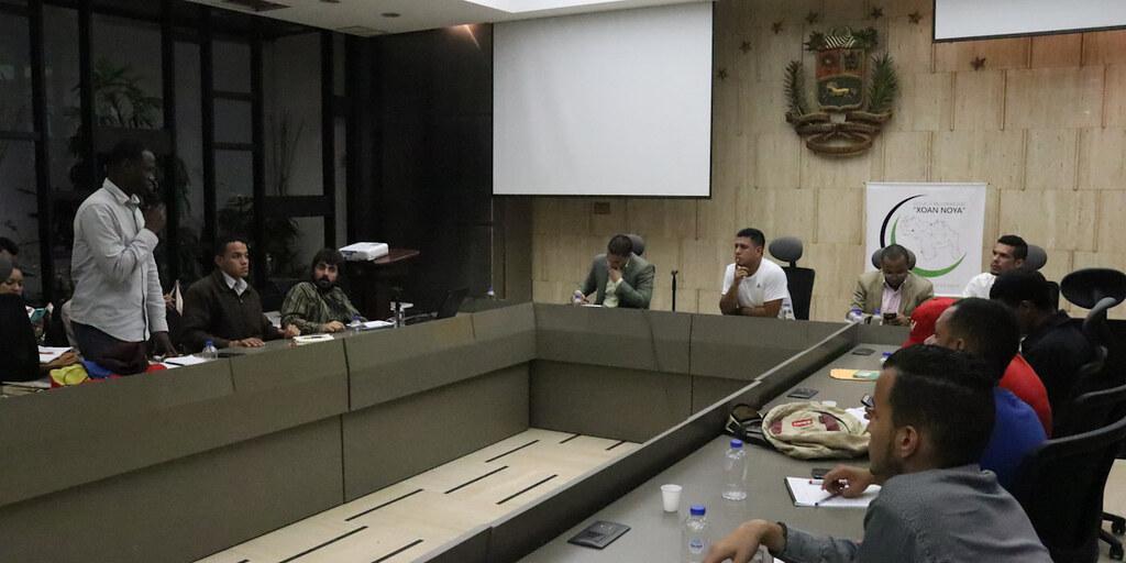 Políticas públicas dirigidas a la juventud se debaten en la Cancillería