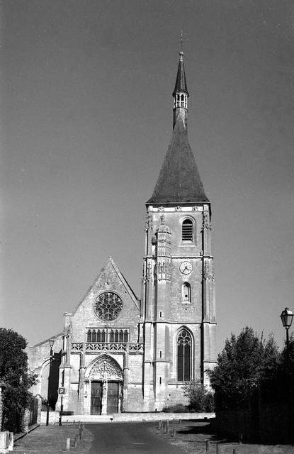 Eglise St-Cyr et Ste-Julitte à Anet