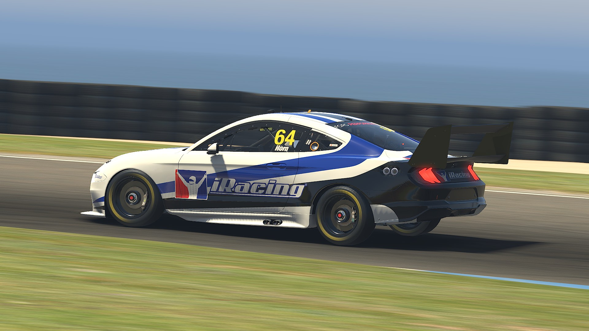 iRacing Ford Mustang GT 4