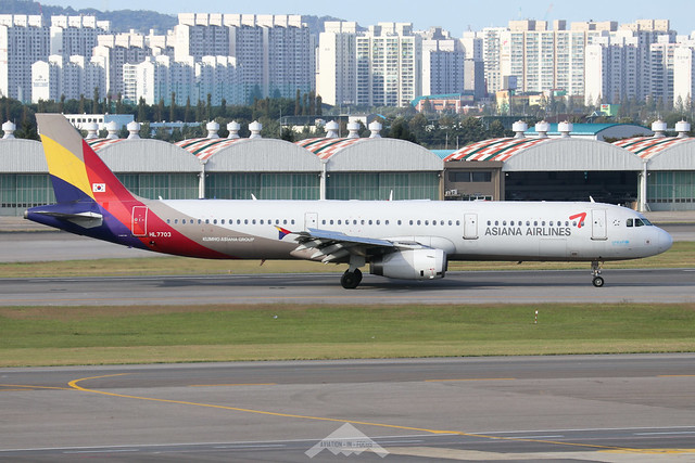 HL7703  -  Airbus A321-131  -  Asiana Airlines  -  GMP/RKSS 6/10/19