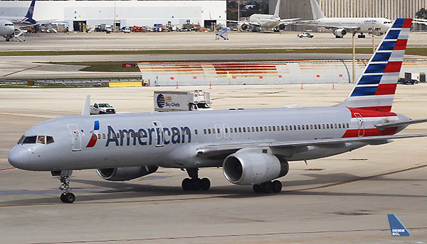 American Airlines B757-200 MIA (RD)