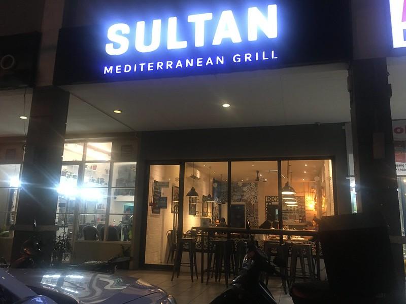 Sultan Mediterranean Grill, Kapitolyo