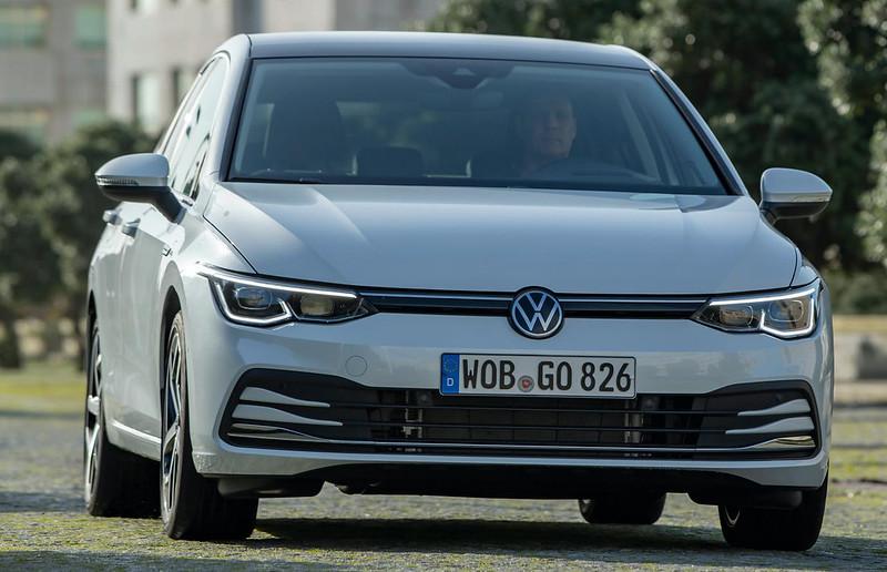 2020-VW-Golf-Mk8-106