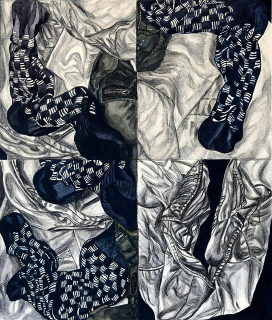 Spasmes d'une chaussette sur fond de blouse et de jean