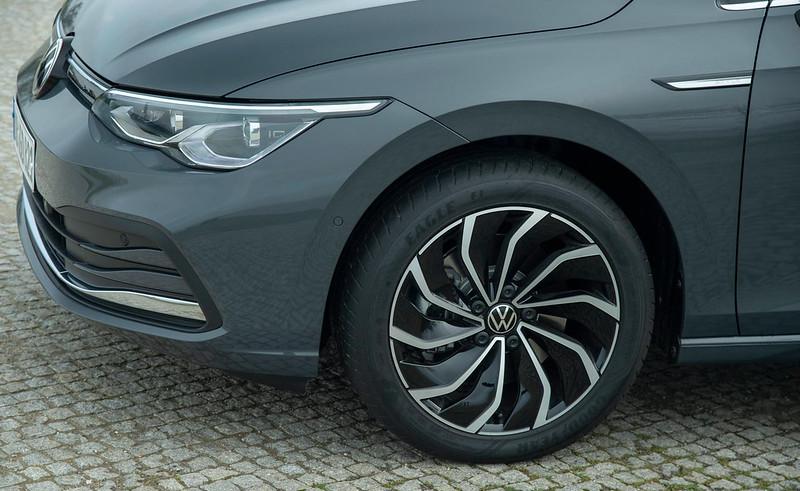 2020-VW-Golf-Mk8-179
