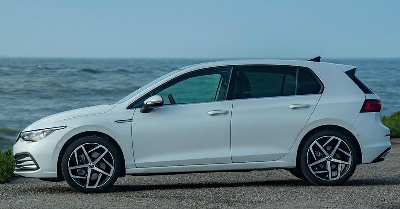 2020-VW-Golf-Mk8-92