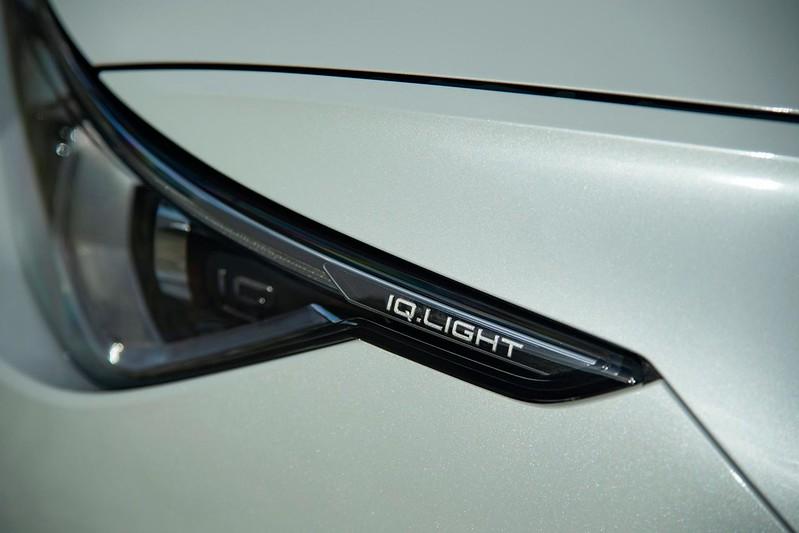 2020-VW-Golf-Mk8-130