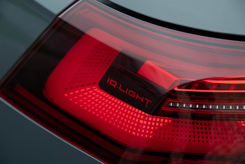 2020-VW-Golf-Mk8-181