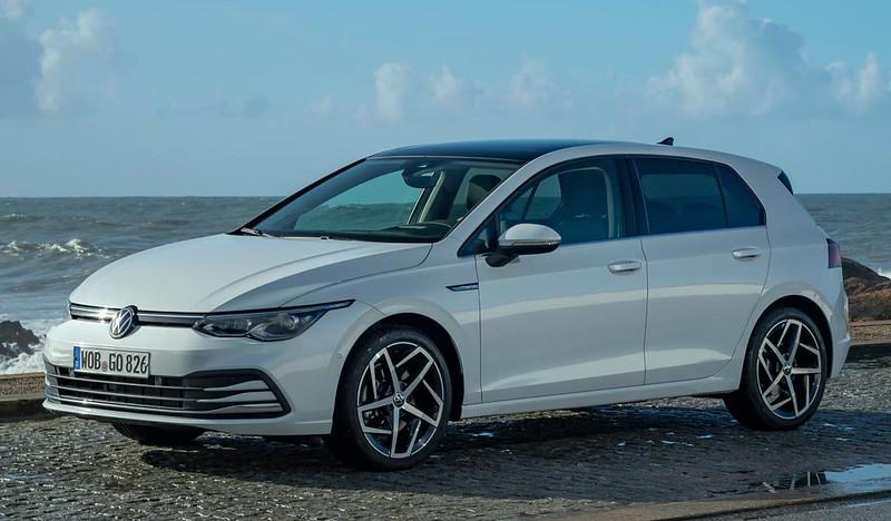 2020-VW-Golf-Mk8-110