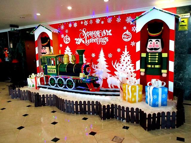 Mega Hotel Christmas decor
