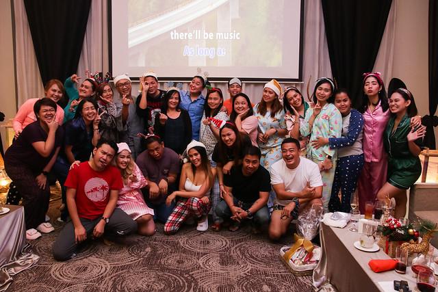 Team Seda Abreeza and Team Davao Media during the Seda Media Party (2)